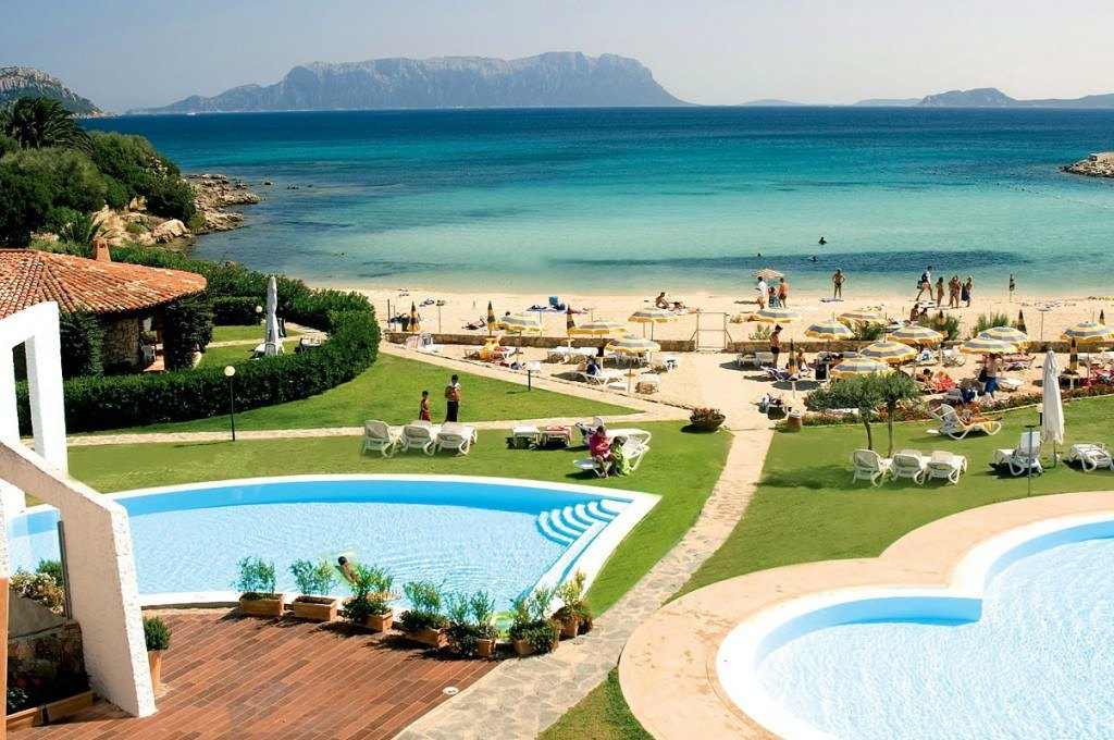 hotel golfo aranci residence in costa smeralda sul mare